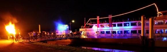 Feesten op een partyschip van de Zilvermeeuw