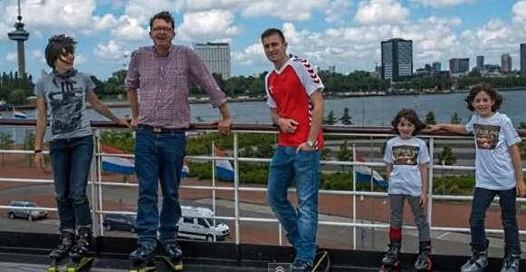 Op Kangoo Jumps door Rotterdam